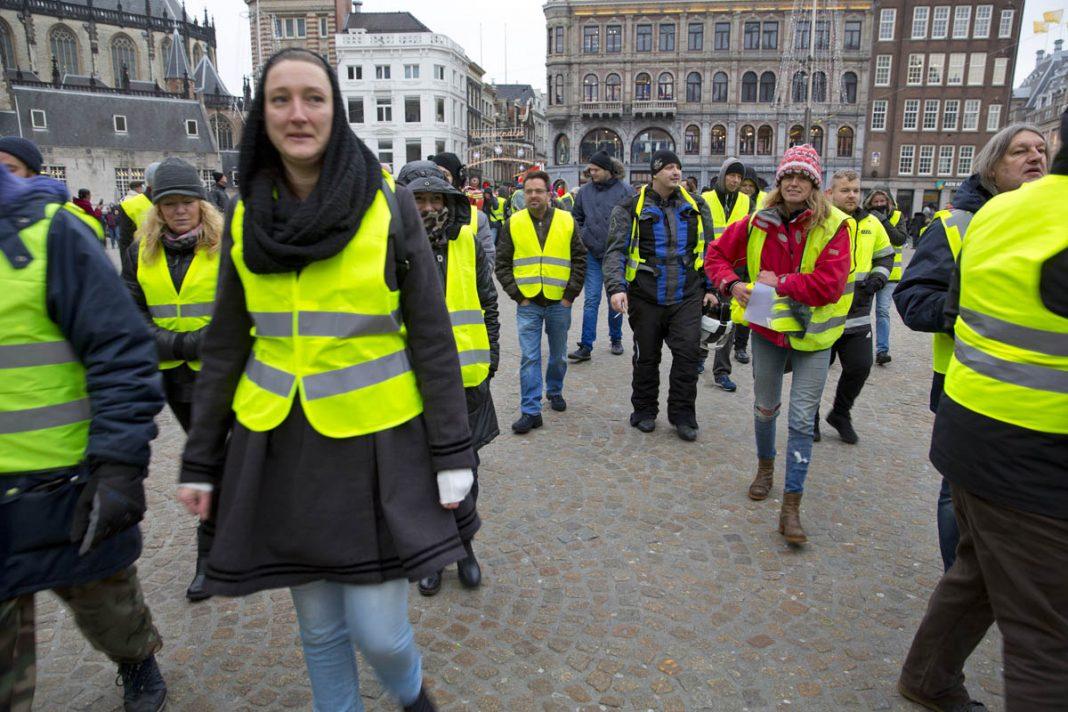 Protest gele hesjes ©Erik Veld