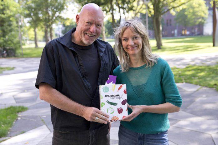Douwe en Eunice presenteren 'Amsterdam aan tafel' | ©Erik Veld