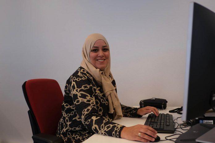 Menana ontwikkelt zich van helpdeskmedewerker tot WMO-consulent | ©Sodis Vita
