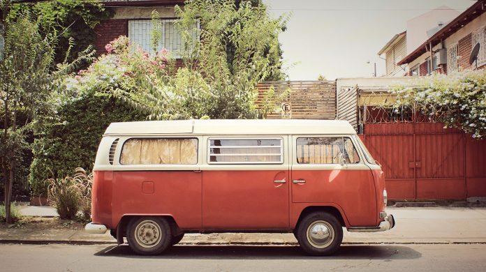 Camper uit de jaren 60 | © Reding Jeff via Pixabay